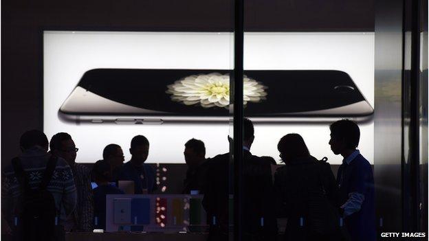 Apple posts the biggest quarterly