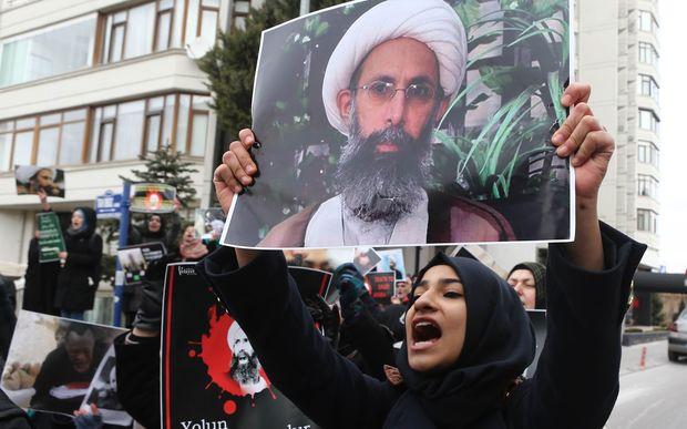 Saudi Arabia breaks off ties with Iran