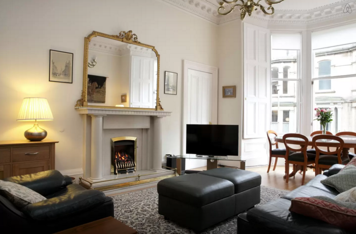 Best Airbnb Stays in Edinburgh