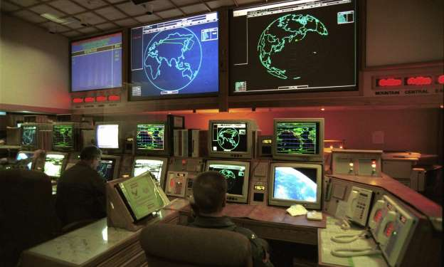 US to loosen nuclear weapons
