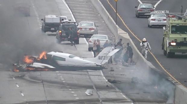Plane Crash In California