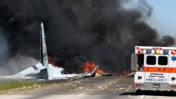 Military Plane Carrying 9 Crash