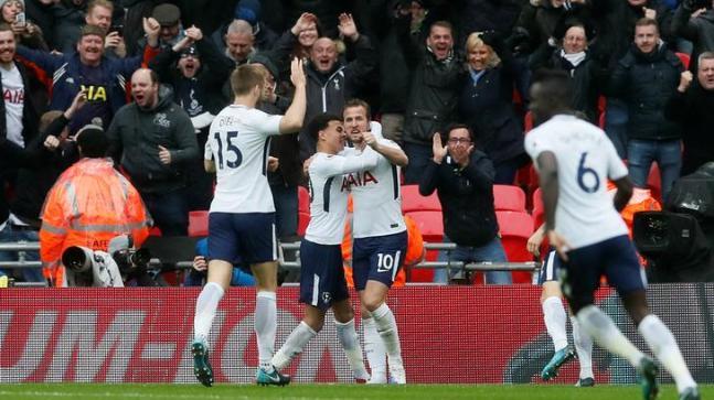 Tottenham Beat Arsenal