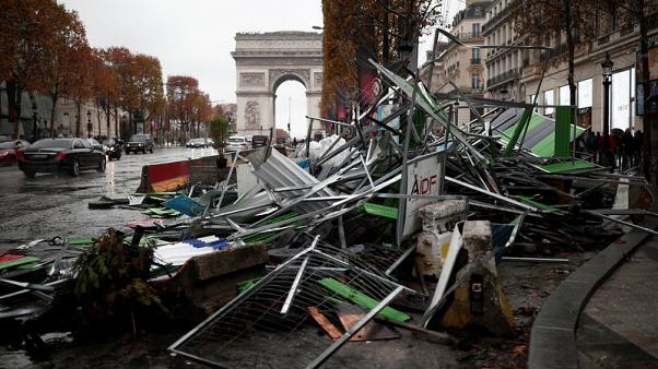 economic-blow-from-yellow-vest-protests